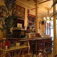 Foto tomada en Café Manuela por Jimena M. el 8/29/2013