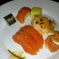 Foto tirada no(a) Keiken Sushi Bar & Restaurante por Felipe L. em 5/17/2013
