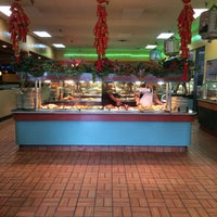 Photo taken at King's Garden Chinese Restaurant by Laura G. on 5/15/2015