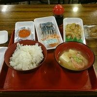 Photo taken at 八戸市営魚菜小売市場 by OSSAN on 5/5/2017