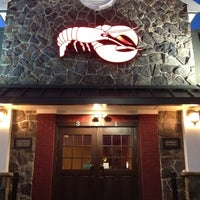 Photo taken at Red Lobster by André L. G. on 4/16/2012