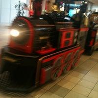 7/8/2012にGene C.がMeridian Mallで撮った写真