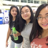 Photo taken at Robinsons Movieworld Cinema 2 by Arianne May A. on 6/11/2017