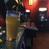 Photo taken at Tilt Classic Arcade & Ale House by JR H. on 8/29/2015