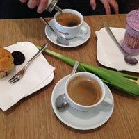 Das Foto wurde bei Roberta caffè e gelateria von AV am 2/15/2014 aufgenommen