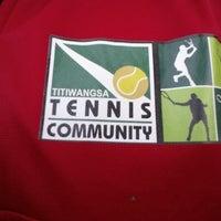 Photo taken at Gelanggang Tennis Tasik Titiwangsa by Haini Eszuandi H. on 1/5/2014