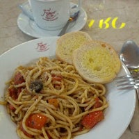 Photo taken at Figaro by S G. on 1/2/2013
