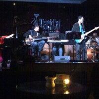 Foto tirada no(a) BlackCat Jazz & Blues Club por Matthias D. em 6/25/2013