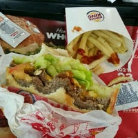 Photo taken at burguer king Centro Cde by Arnaldo A. on 12/8/2015