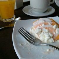 Photo taken at Universum Restaurante Gourmet by Mario V. on 6/16/2013