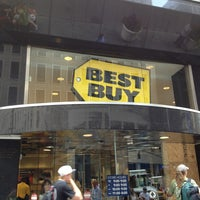 Photo taken at Best Buy by Serpil B. on 7/15/2013