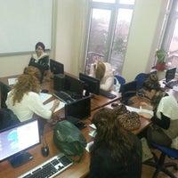 2/15/2014 tarihinde Hafize İ.ziyaretçi tarafından Eksen Dil Okulu'de çekilen fotoğraf