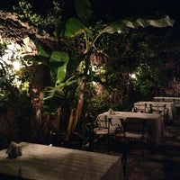6/9/2013 tarihinde Bilal K.ziyaretçi tarafından Paradise Garden Restaurant Bar'de çekilen fotoğraf