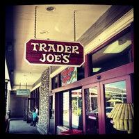 Foto scattata a Trader Joe's da Klaus H. il 5/25/2013