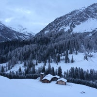 Photo taken at Arosa Kulm Hotel And Alpin Spa by Eduardo S. on 12/8/2014