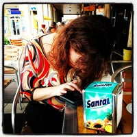 Photo taken at Cream Caffé by Miguel on 10/13/2013