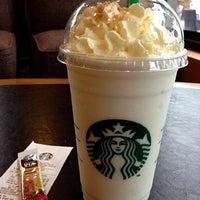 Photo taken at Starbucks by Pinku N. on 11/8/2012