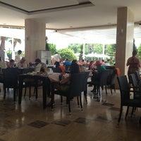 6/1/2013 tarihinde Наталья Д.ziyaretçi tarafından Aventura Park Hotel'de çekilen fotoğraf