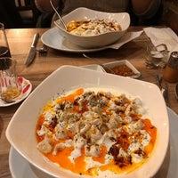 Foto diambil di Hala Restaurant oleh Erinc E. pada 2/5/2018
