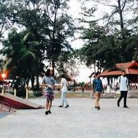 Photo taken at Skatepark Pantai Batu Buruk by nasserisonfire on 8/23/2014