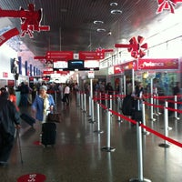 Photo taken at Terminal Puente Aéreo by Rodrigo G. on 1/7/2013