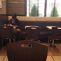 7/22/2013에 Makoto Y.님이 McDonald's에서 찍은 사진