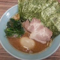 Photo taken at 武蔵家 中野本店 by Naoya Y. on 6/6/2013