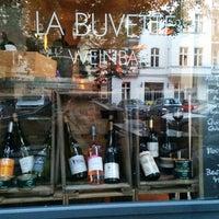 Photo prise au La Buvette par Caoimhe K. le8/23/2014
