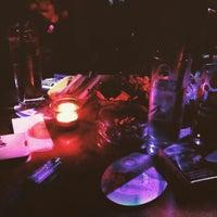 3/22/2015 tarihinde Ezgi S.ziyaretçi tarafından lokka bar'de çekilen fotoğraf