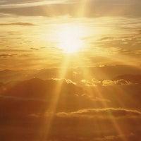 Photo taken at •The SUN - Twilight, Dawn, Dusk, Twilight - The SUN• by Ujang Kobau • V§ •™ on 5/18/2013
