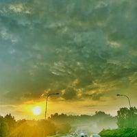 Photo taken at •The SUN - Twilight, Dawn, Dusk, Twilight - The SUN• by Ujang Kobau • V§ •™ on 3/20/2013