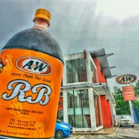 Photo taken at A&W by Ujang Kobau • V§ •™ on 9/27/2014