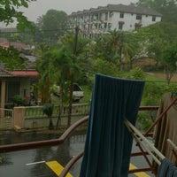 Photo taken at Apartment Desa Samudera by Mohd Hilmi I. on 12/31/2015