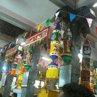 Photo taken at Sri Meenatchi Sundareswarar Temple ஶ்ரீ மீனாட்சி சுந்தரேசுவரர் ஆலயம் by Selvambigai C. on 1/27/2013
