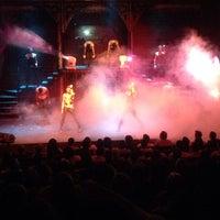 Das Foto wurde bei Teatro Telón de Asfalto von JA Z. am 10/17/2013 aufgenommen