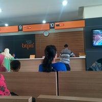 Photo taken at Bank BTPN Purnabakti Cililitan by Adi T. on 7/25/2014
