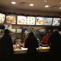 Foto tirada no(a) McDonald's por Damiano C. em 1/4/2013