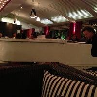 Das Foto wurde bei River Café von Anais A. am 9/25/2012 aufgenommen
