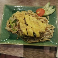 Photo taken at Ichiban Sushi by zy t. on 6/12/2013