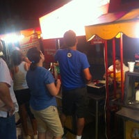 Photo taken at Hot Dogs Mi Líder by Juanito B. on 7/5/2013