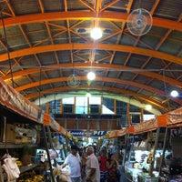 Photo taken at Mercado Municipal Antônio Valente by Valdineir d. on 10/10/2012