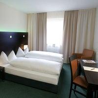 Photo taken at Fleming's Hotel München-Schwabing by Fleming's Hotel München-Schwabing on 10/10/2014