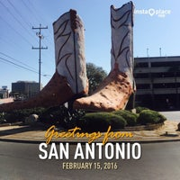 Photo taken at World's Largest Cowboy Boots by Sylvia R. on 2/15/2016