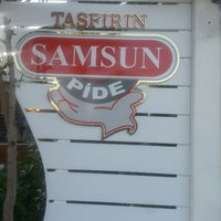 Photo taken at Tas Firin Samsun Pidecisi by Önder Y. on 5/21/2014