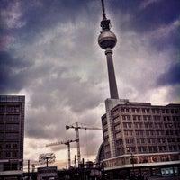 Das Foto wurde bei Alexanderplatz von Simon S. am 1/18/2013 aufgenommen