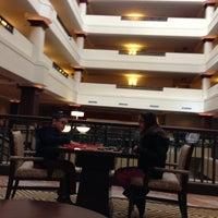 Photo taken at Sheraton Suites Akron/Cuyahoga Falls by Rio on 2/17/2013
