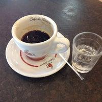 Photo taken at Café do Feirante by Jozz on 6/13/2013