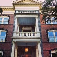 8/9/2013 tarihinde Joseph V.ziyaretçi tarafından Calhoun Mansion'de çekilen fotoğraf