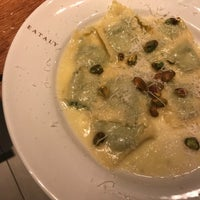 Photo taken at La Pizza & La Pasta @ Eataly by Brenda on 4/27/2017