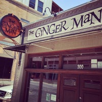 Foto tirada no(a) The Ginger Man por Chris R. em 6/19/2013